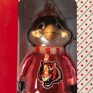 Blown Glass Ornament Cincinnati Bengals Penguin